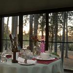 Beautuful screened dining are overlooking the bush and dam (just breath taking)