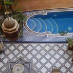 The courtyard with bird bath, pool and seating was traquil and beautiful.