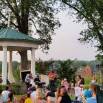 Free concert with Ten Strings and a Goatskin