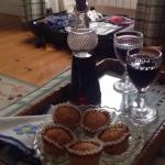 The welcome snack, Porto and mini home-made muffins