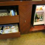 Nice minibar, coffee, tea and wine service