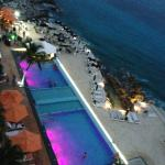 from 7th floor down to pool