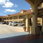 Foto Days Inn and Suites Houston Hobby Airport