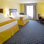 Photo de Holiday Inn Express Hotel & Suites Corpus Christi NW-Calallen