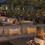 DEQ outdoor patio & lounge