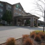 Photo de Holiday Inn Express & Suites Chicago West-Roselle