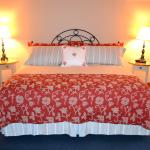 King Parlor Room Bed