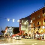 Photo de Venice On The Beach Hotel