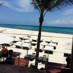 Royal Hideaway Playacar resmi