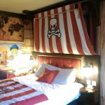 Fully themed pirate room