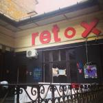 Retox Party Hostel resmi