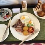 Traditional English Breakfast from the Room Service menu