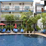 Billabong Hotel & Hostel