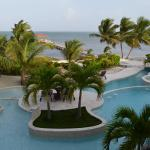 Belizean Cove Estates resmi