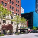 Photo de The Tremont Chicago Hotel at Magnificent Mile