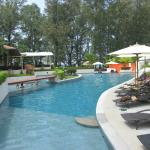 Photo de Dewa Phuket Resort Nai Yang Beach