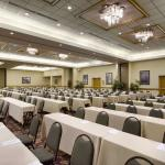 Photo de Embassy Suites by Hilton Greensboro - Airport