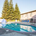 Photo of Comfort Inn Fresno
