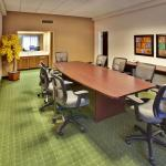 Photo de Holiday Inn - Airport Conference Center