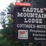 Foto de Castle Mountain Lodge