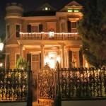 Cornstalk Hotel at night