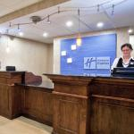 Photo de Holiday Inn Express & Suites North East