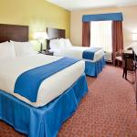 Foto de Holiday Inn Express Hotel & Suites Pryor