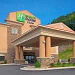 Photo de Holiday Inn Express Hotel & Suites Ripley