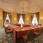 Foto de BEST WESTERN Duke of Cornwall Hotel
