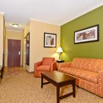 Photo de Holiday Inn Express & Suites Bonifay