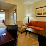 Photo of Holiday Inn Express & Suites Lakeland North I-4