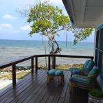 Foto de Hatchet Caye Resort