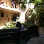 Photo de Maya Villa Condo Hotel & Beach Club