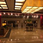 Very nice hotel, lotsa rooms, fast wifi and great food