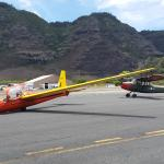Glider and tow plane
