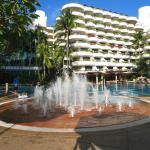 The pool is beautiful, the fountain: a ongoing interest with much fun for the little one!