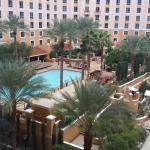 Photo de Wyndham Grand Desert