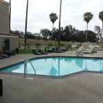 Photo de Holiday Inn Express Hotel and Suites Carlsbad Beach