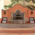 Entry fountain