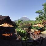 Clear view of Arenal volcano from Altamira
