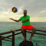 Lux* Maldives - that ball again!!