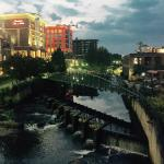 Hampton Inn & Suites Greenville - Downtown - Riverplace Foto