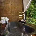 Bathtub on the sleeping suite terrace overlooking Ayung river