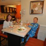 Due to nearby grocery shopping, cooking dinner in our room was a great way to save money and rel