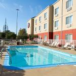 Photo of Fairfield Inn & Suites Arlington near Six Flags