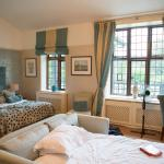 Inglewood Manor Executive room with pull out sofabed