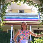 Wendi is the hostess of The Painted Lady B & B