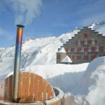 Hot Tub Grimsel Hospiz im Winter