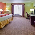 Holiday Inn Express Hotel & Suites Alexandria Foto