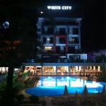 Smartline White City Beach Foto